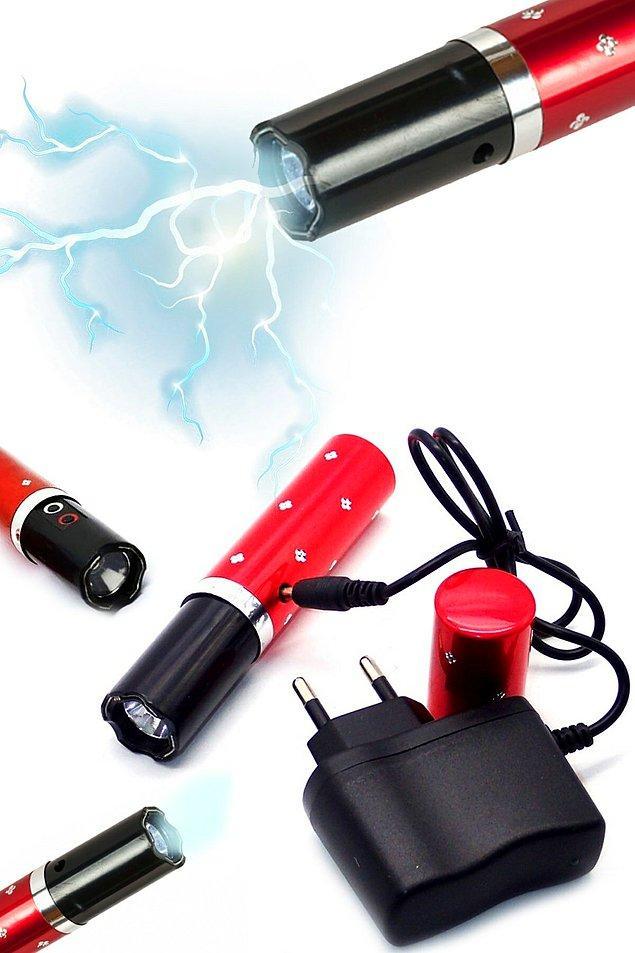 1. Elektro-şok cihazları pek çok kadının çantasına girdi bile.