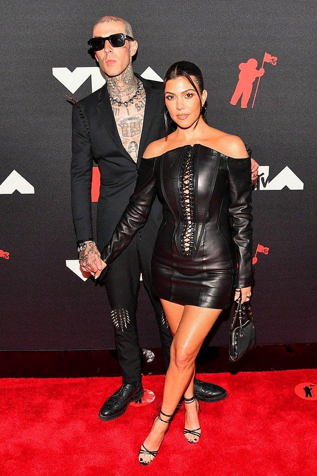 2. Travis Barker & Kourtney Kardashian