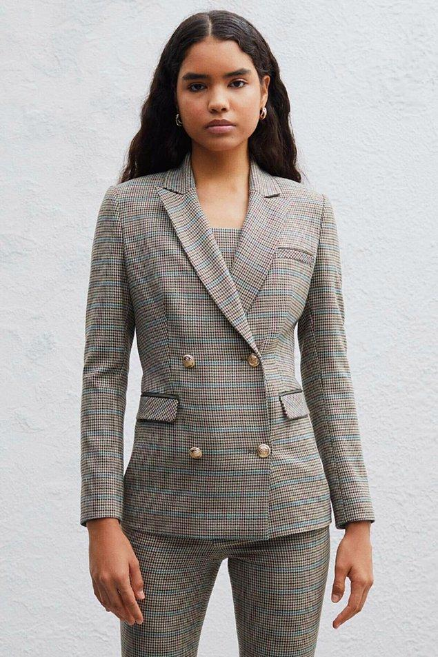 14. Ceketlere geri dönelim... Bu ceketi Kate Middleton'a hediye etseniz çok beğeneceği kesin...