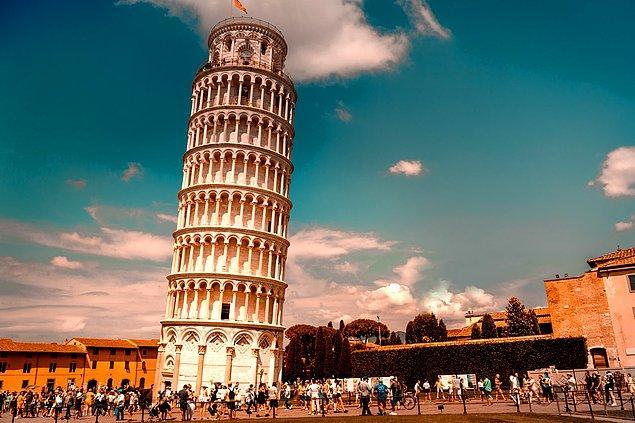 6. Pisa Kulesi, yumuşak zemin ve topraktan dolayı yamulmuş olmasına rağmen en az dört büyük depremde hiç hasar görmemiştir.