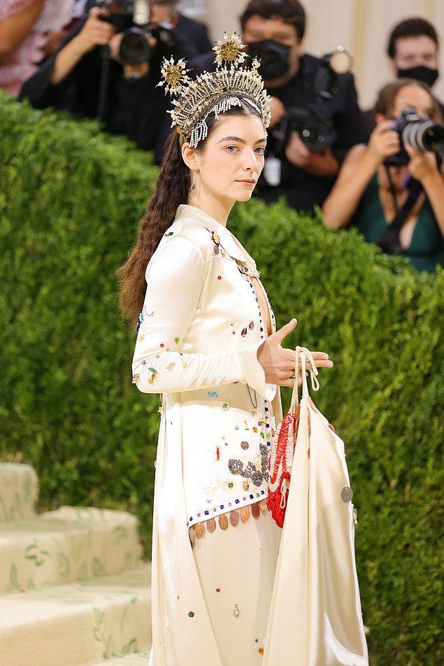 Bu yıl New York Moda Haftası'yla da çakışan etkinlik moda anlamında günlerce konuşulacak bir kırmızı halıya sahne oldu.
