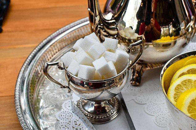 2. Tüm şeker ve nişastayı kesmek.