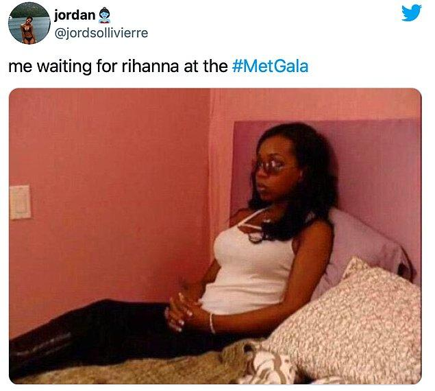 """7. """"Rihanna'yı beklerken ben."""""""