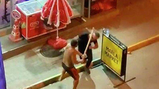Antalya'nın Alanya ilçesinde dün gece yaşanan olayda, açık olan market önünde bir otelde çalıştığı öğrenilen V.G., alışveriş yapan turistlere yardımcı olmaya çalıştı.