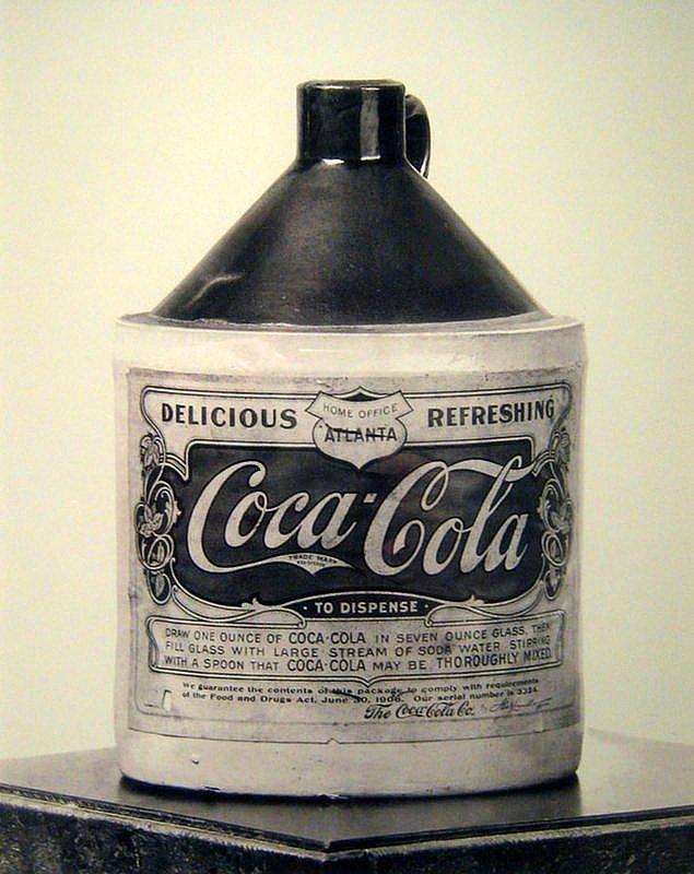 2. Coca Cola (1886)