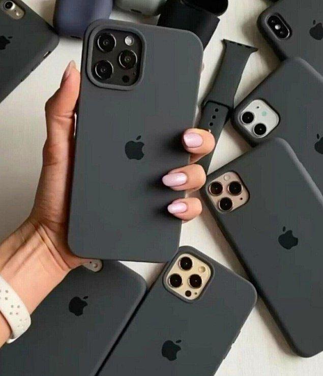 10. Siyah telefon kılıfları sayesinde baştan aşağı tamamlanmış bir görünüme sahip olacaksınız.