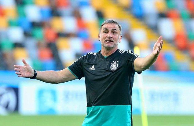 2003'te teknik adamlığa ara veren ve futbolun diğer alanlarında çalışan Kuntz 2016 yılında Almanya U21 Milli Takımı'nın başına geçti.