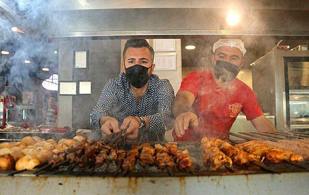 Adana'da kebap ve dönerciler günlük 150-200 lira yevmiye verip sigortasını da yaparak çalıştıracak eleman bulamadıklarını belirtti.