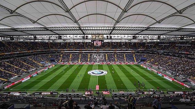 Commerzbank Arena'da oynanacak Frankfurt-Fenerbahçe maçını İtalyan hakem Maurizio Mariani yönetti.