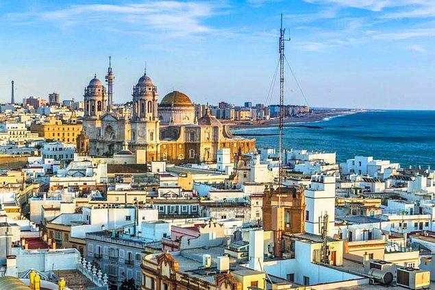 19. Cadiz - İspanya (M.Ö 1000)