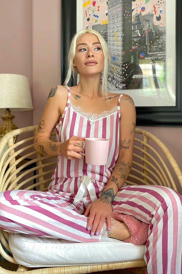 4. Bu uygun fiyatlı pijama takımı, evde bile tarzından ödün vermeyenler için çok güzel bir seçenek.