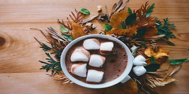 Sıcak Çikolatalar Hazırlansın: Havalar İyice Soğuduğu Zaman Bol Bol Sarılacağımız 18 Şarkı