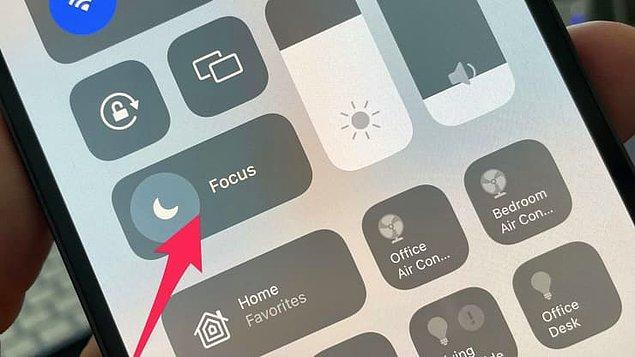 3. Yeni 'odak' özelliğiyle telefonunuzu kullanmadığınız sürede bildirim almak istediğiniz kişileri ve uygulamaları siz seçebileceksiniz.