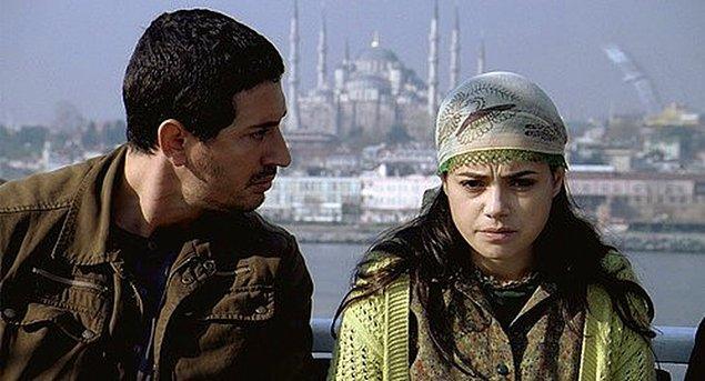 23. Mutluluk (2007) - IMDb: 7.5