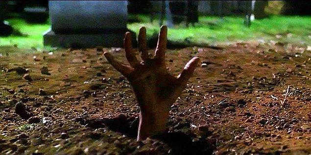 14. Diri diri gömülme fobisi (Tafefobi)