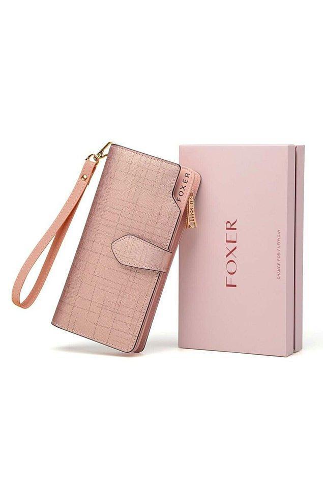 4. Foxer deri cüzdan hem rengiyle hem modeliyle çok şık.