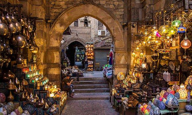 10. Kahire'deki Han el-Halili Pazarı