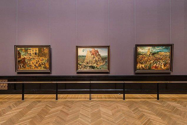 Babil Kulesi, her köşesi çok ince detaylarla donatılmış tablolardan bir tanesi. Tablo günümüzde Viyana Sanat Tarihi Müzesi'nde sergileniyor ve boyutları 114 cm x 155 cm.