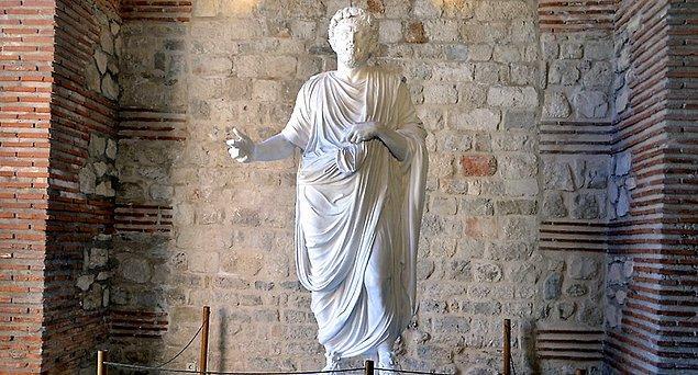 10. Diocletianus (M.S. 284 – M.S. 305)