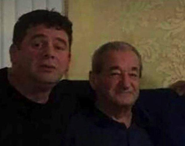 Aşı Olmayan Baba ve Oğul 12 Gün Arayla Korona Nedeniyle Hayatını Kaybetti