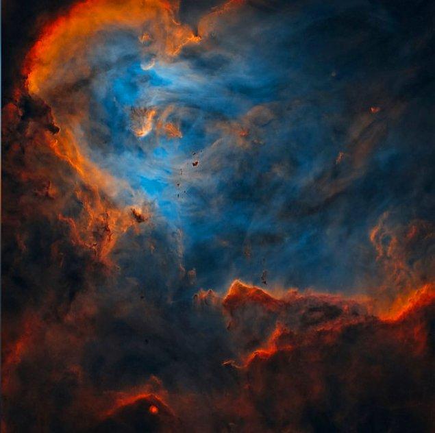 23. Sanat eserinden eksiği olmayan bir bulut manzarası: