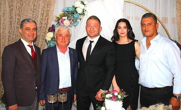 Nişanlısıyla olan tüm fotoğrafları silen Balaban, ilişkisine de son noktayı koymuştu.
