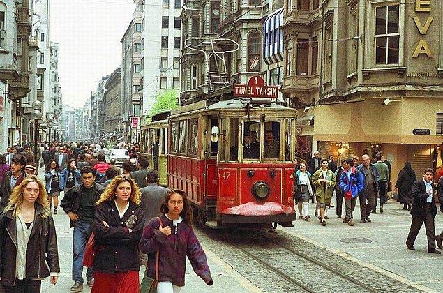 12. İstiklal Caddesi, İstanbul, 1993.