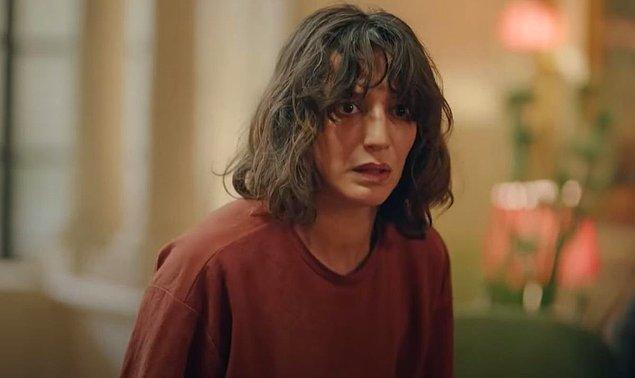 Bir gün Afet arkadaşının doğum gününe gitmek istediğinde annesi izin vermeyip onu odasına kapatıyor ve Afet de cinnet getirip 8. kattaki evlerinden atlayarak intihar ediyor.