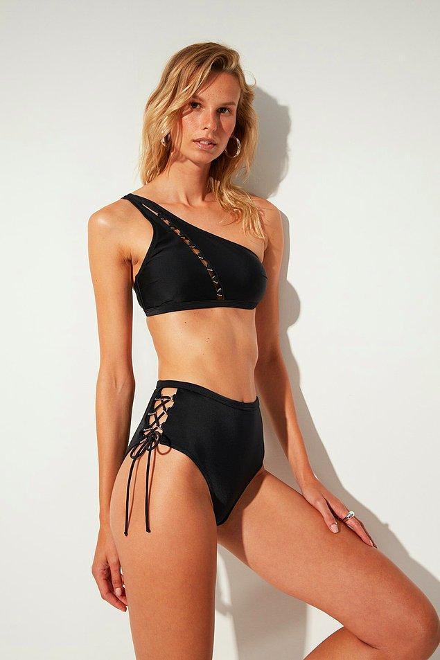 9. Yüksel bel bikinileri çok sevdik.