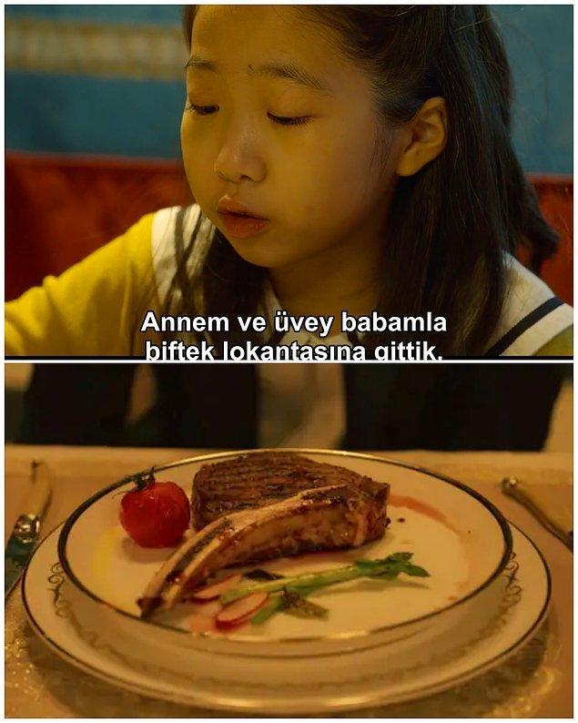 4. Final oyunundan önce Gi-hun, Sang-woo ve Sae-byeok'a biftek yemeği veriliyor. Bu, Ga-yeong'un babasına doğum günü yemeğinden önce biftek yediğini söylemesini anımsatıyor doğrusu.