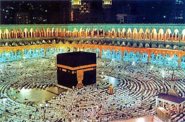 Hz. Muhammed (S.A.V.) Ne Zaman Doğdu? Hz. Muhammed Doğduğunda Gerçekleşen Mucizeler Neledir?