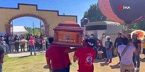 В Мексике устроили похороны с веселой музыкой, танцами и фейерверком