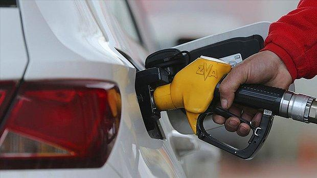 Litre Fiyatı 8,75 TL'ye Dayandı: Benzine 28 Kuruşluk Yeni Zam Geldi